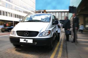 M8-taxi-rank